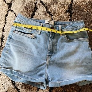 High waisted forever 21 Booty sculpt jean shorts